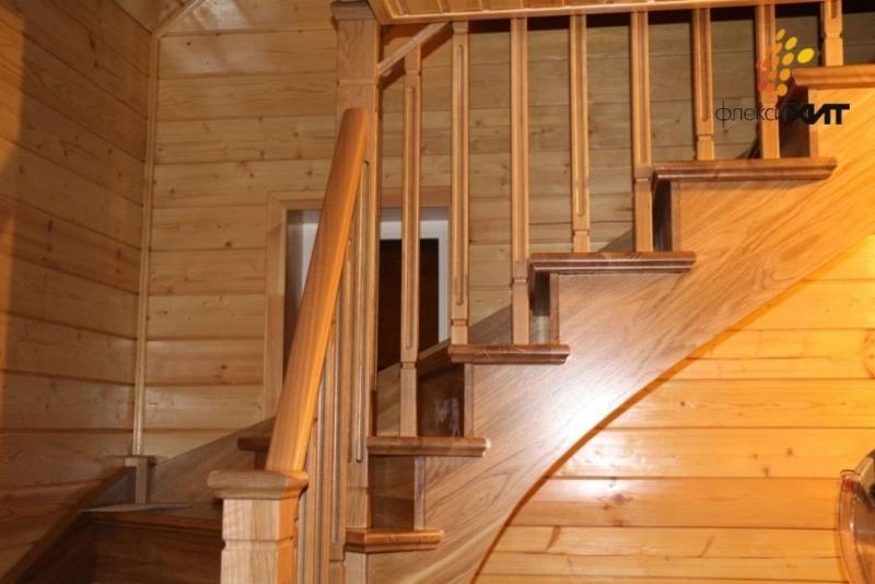 Дубовая лестница.jpg